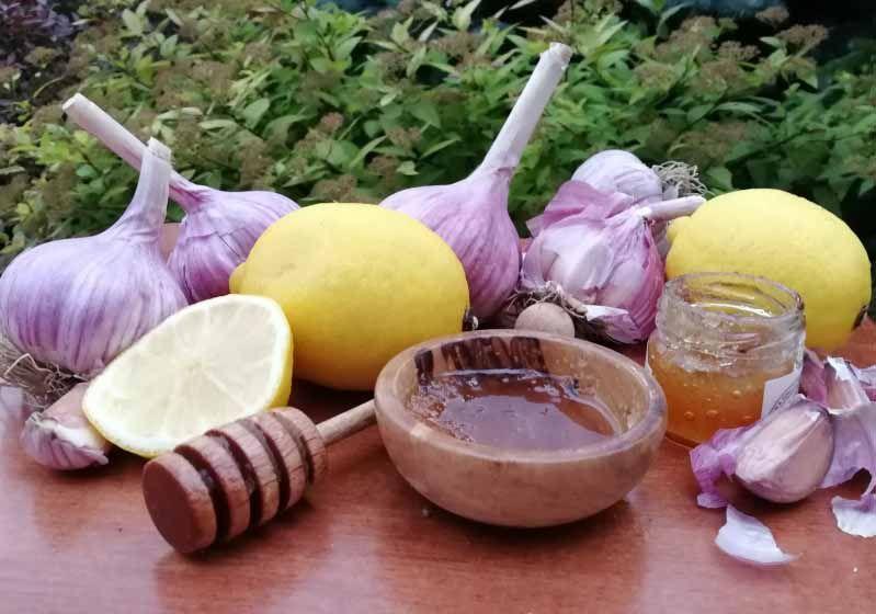 Лимон, чеснок и мед