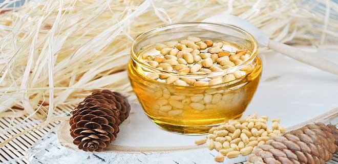 Цветочный мед с кедровыми орешками