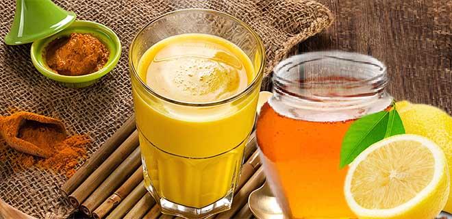 Напиток из куркумы, меда, лимона